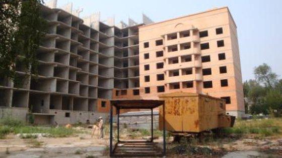 6-12-этажное 7-секционное жилое здание с первым нежилым этажом